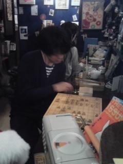 将棋に夢中のリーダーゆういちさん.jpg